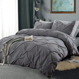 Other - NIB Pinch Pleated Duvet Cover Grey- Queen